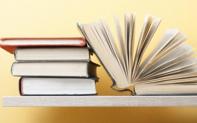 کتاب های مورد نیاز شما رو از سایت آمازون دانلود کنم.