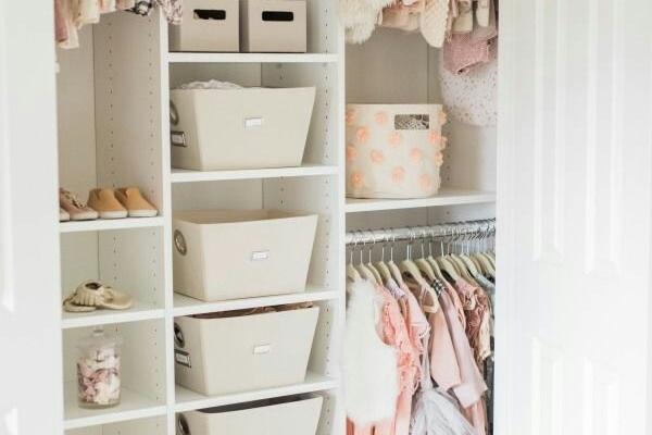 برای شما یک مجموعه جذاب بابیشتر از 500 نمونه walk-in-closet رو بفرستم.